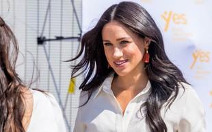 Meghan Markle v beli obleki vsem jemala dih, Kate Middleton takšne še nikoli nismo videli