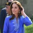 Vojvodinja Kate Middleton v Pakistanu navdušila s svojo modno izbiro!