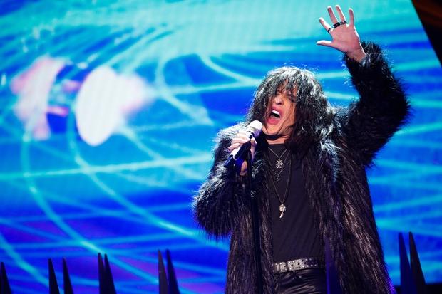 Matic Supovec kot Steven Tyler iz Aerosmith. (foto: Miro Majcen / POP TV)