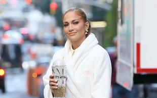 Jennifer Lopez ima pri 50 letih takšne trebušne mišice, da so številne zelene od zavisti