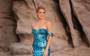 Zapeljiva Nina Donelli za 22. rojstni dan na najbolj znan grški otok