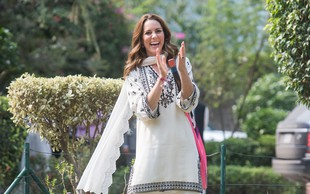 Kate Middleton v Pakistanu spisala čudovito modno pravljico