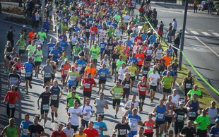 "Na 24. ljubljanskem maratonu ""padli"" trije rekordi, prisostvovalo je 19.612 udeležencev"