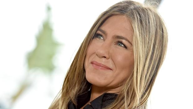 Poljub Ellen DeGeneres in Jennifer Aniston je v hipu obnorel svet (foto: Profimedia)