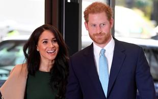 Harry spregovoril o hladnem odnosu z Williamom, svet pa čaka ali se bosta Harry in Meghan pojavila na praznovanju v kraljevi palači