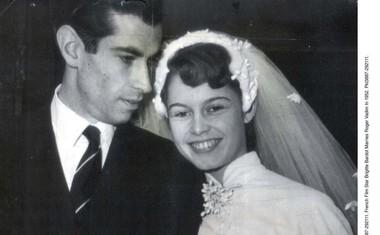 S prvim soprogom, režiserjem Rogerjem Vadimom, se je igralka poročila leta 1952. Skupaj sta bila pet let.