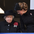 Kraljica Elizabeta II ima zdaj čisto drugačen odnos do Kate Middleton
