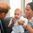 Princa Harry in William na ganljiv način čestitala princu Charlesu: Fotografije, ob katerih se boste stopili!