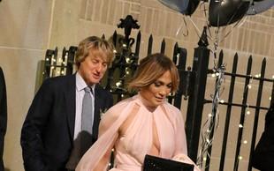 Jennifer Lopez v obleki, ki je komaj obdržala vse njene obline na mestu